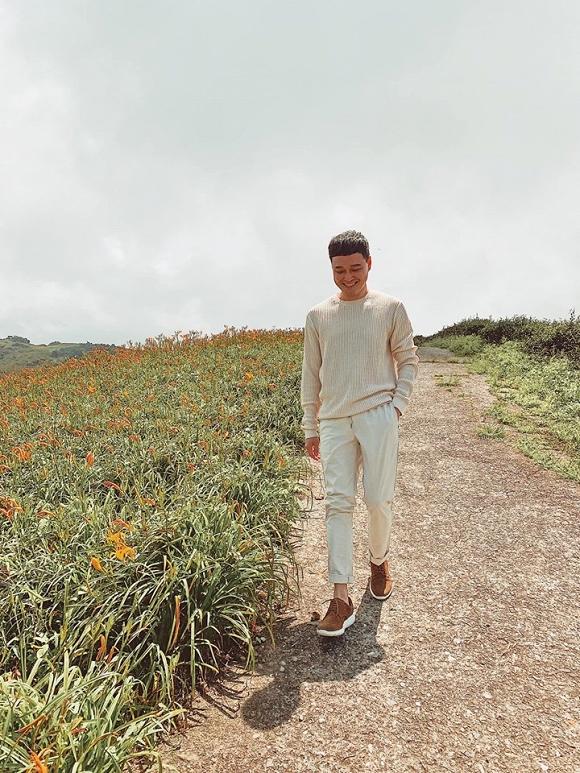 Quang Vinh điển trai, đi ngắm hoa kim châm ở Đài Loan-4