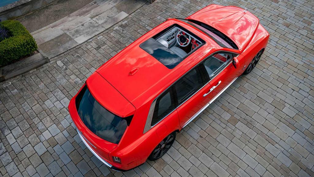 Đại gia sở hữu 10 siêu xe Rolls-Royce màu độc, đặt theo tên mình-9