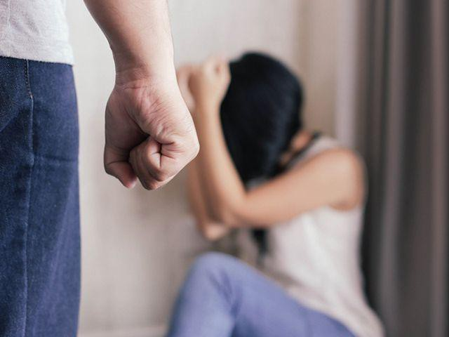 Từ chuyện ông chồng dùng sức võ sư để đánh vợ: Đàn bà đâu phải những bao cát vô tri để các anh thể hiện sự hèn hạ!-2
