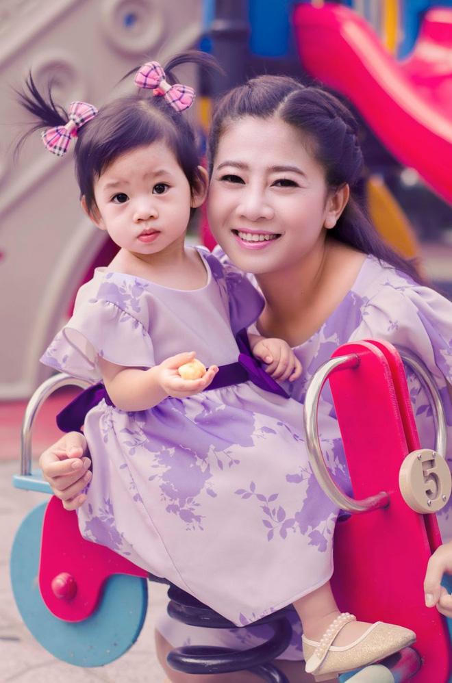 Diễn viên Mai Phương: Mẹ tôi ép tôi tới mức để sẵn một chai thuốc chuột-5