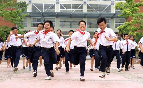 Học sinh bị que đâm thủng mặt ở trường: Cha mẹ đừng chỉ lo sợ suông, hãy can thiệp ngay các vấn đề sau-3