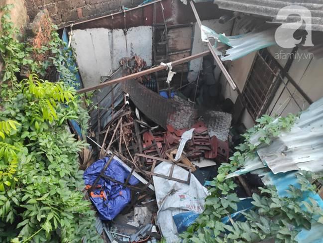 Sau một đêm cháy tại Công ty Rạng Đông, cả khu phố Hạ Đình vẫn chìm trong khói đen mù mịt-14