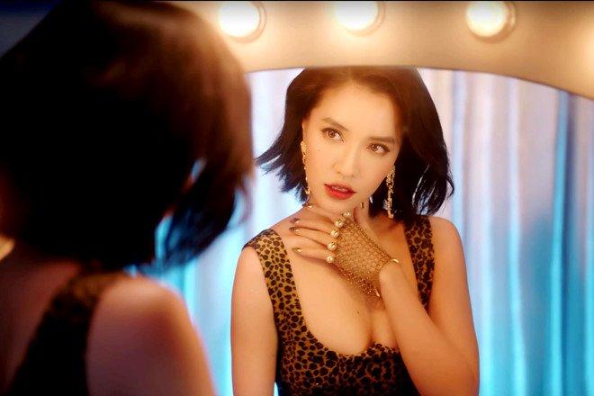 Bích Phương mặc váy lộ vòng một khiêm tốn trong MV Đi đu đưa đi-8