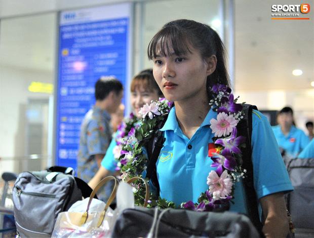 Nữ tuyển thủ Việt Nam gây bão mạng: Tôi bất ngờ vì nổi tiếng chỉ sau một đêm-1