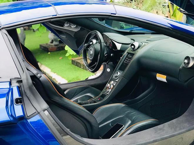 Ngắm siêu xe mui trần màu xanh cực độc, giá hơn 9 tỷ đồng ở Hà Nội-5