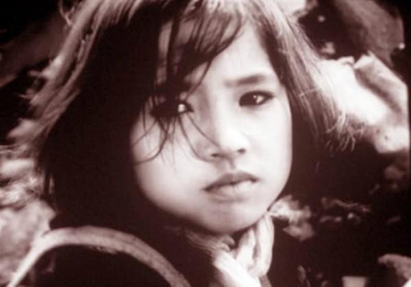 Ngắm lại hình ảnh vừa gặp đã yêu thời quá khứ của Em bé Hà Nội Lan Hương-1