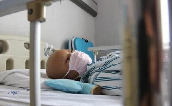Bé gái 14 tuổi buộc phải dùng thuốc tránh thai 3 lần/ngày, lý do thực sự khiến ai cũng thương xót-3