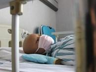 Bé gái 14 tuổi buộc phải dùng thuốc tránh thai 3 lần/ngày, lý do thực sự khiến ai cũng thương xót