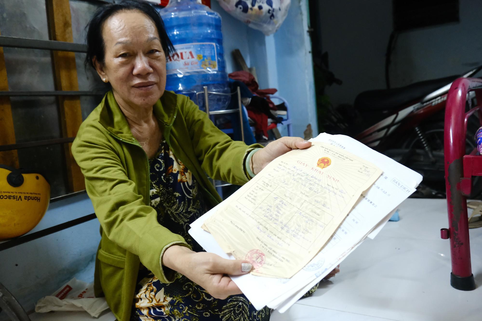 """Mẹ nghèo 16 năm tìm con gái mất tích khi đi lấy chồng Đài Loan: Có chết nó cũng phải về báo mộng cho tôi""""-6"""