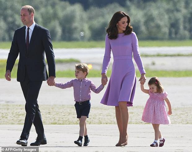 Lộ học phí đắt đỏ của Công chúa Charlotte - con gái Công nương Kate và Hoàng tử William-1