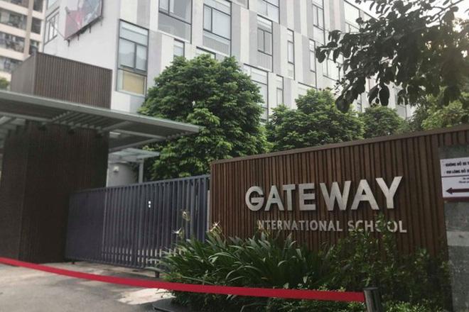 Nóng:Thực nghiệm điều tra vụ bé trai 6 tuổi trường Gateway tử vong, có tài xế Phiến và bà Quy tham gia-1