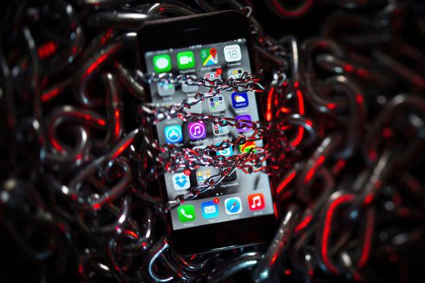iPhone bảo mật cao là thế nhưng vẫn có thể bị hack khi truy cập vào các trang web độc hại-1