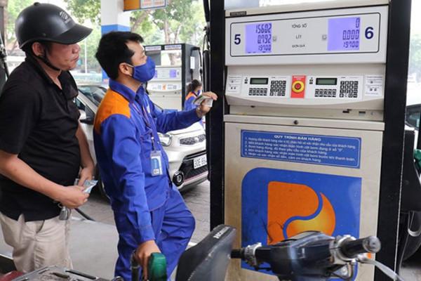 Giá xăng dầu giảm, từ vài chục đồng đến hơn 100 đồng/lít-1