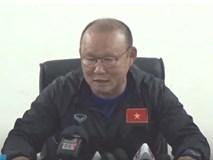 HLV Park bất ngờ tổ chức họp báo vì Đoàn Văn Hậu