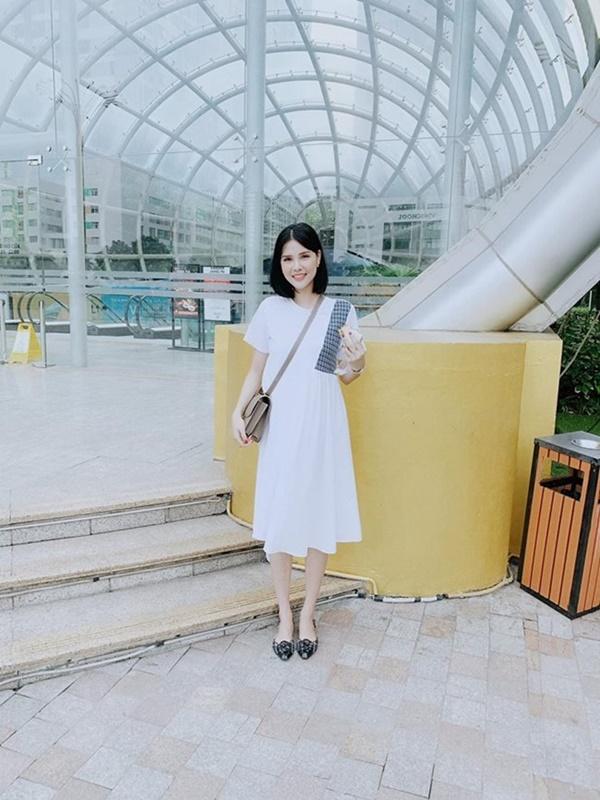2 nàng WAG Việt chân dài nhất mê mặc hở, phô trọn dáng gợi cảm, nuột nà-17