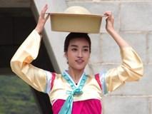 Đỗ Mỹ Linh được khen, H'Hen Niê gây cười khi múa ở Cuộc đua kỳ thú