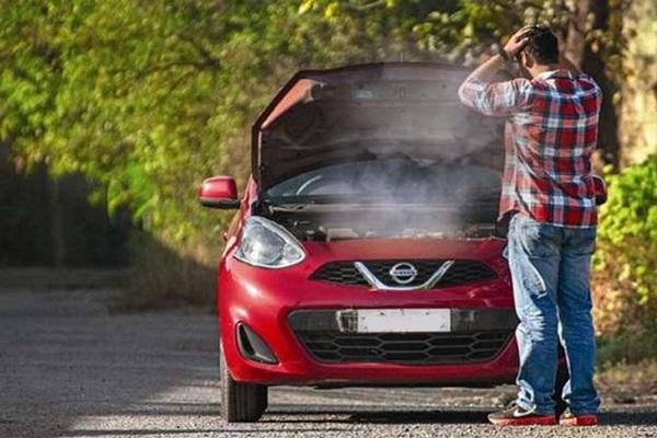 Cách xử lý những sự cố bất ngờ khi lái xe trên đường-2