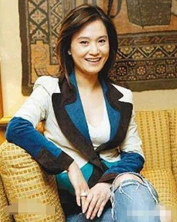 Chuyện nhà đại gia Đài Loan: Sự tự diệt của kẻ thứ ba và màn phản công không thể đùa của bà vợ cao tay sau bao năm chịu đựng chồng ngoại tình-3
