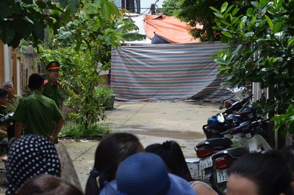 Hiện trường vụ anh truy sát gia đình em ruột khiến 5 người thương vong ở Hà Nội-2