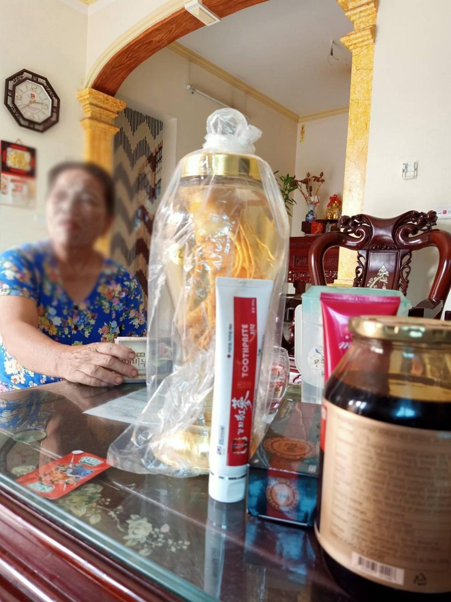 Hồng sâm 13 triệu là... rác, cụ bà Hà Nội bị lừa đau đớn-4