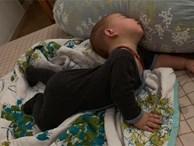 1001 dáng ngủ 'bá đạo' của các bé khiến mẹ chẳng thể làm ngơ mà không ghi lại