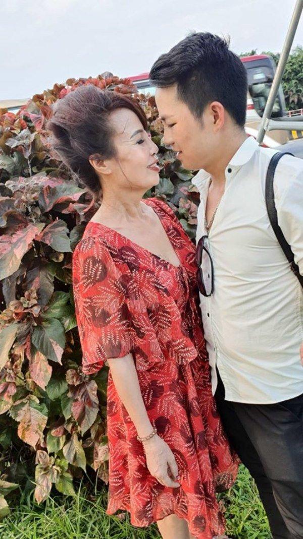 Cuộc sống của cô dâu 62 lấy chồng 26 tuổi sau 1 năm kết hôn giờ ra sao?-6