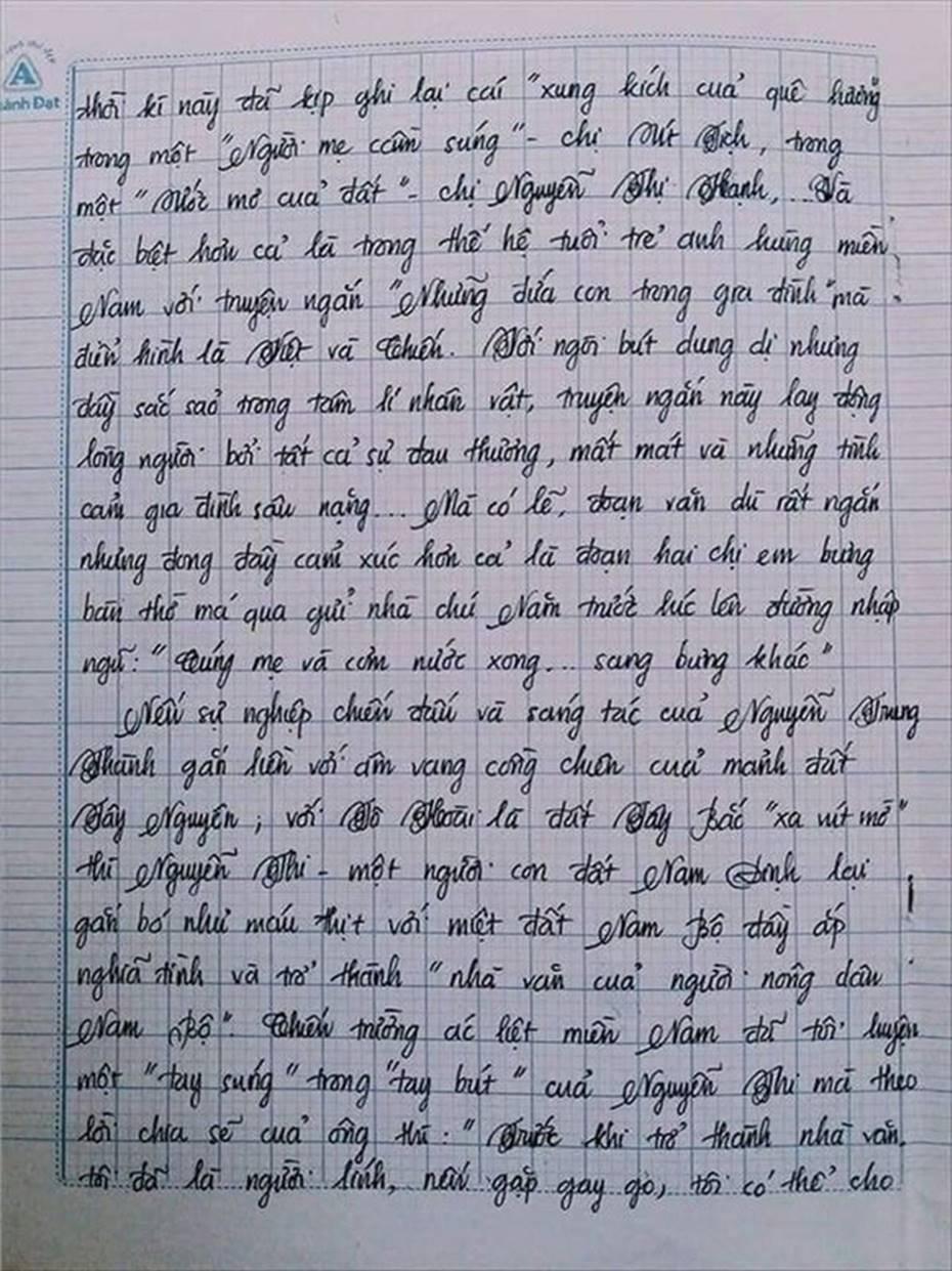 Nam sinh gây sốt với bài văn dài 18 trang, cô giáo đọc xong không biết phải phê gì vì quá xuất sắc!-3