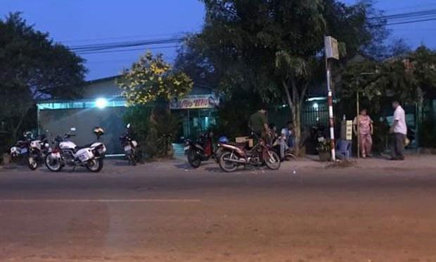 Đang hầu đồng, người đàn ông bất ngờ bị cứa cổ ở Quảng Ninh-1