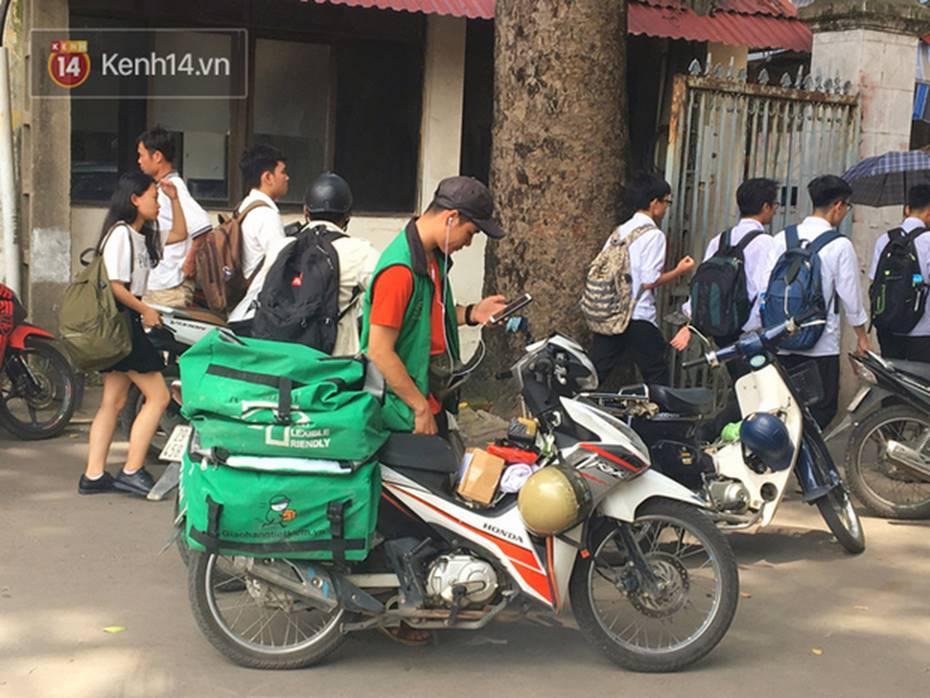 Chạy Grab kiếm 30 triệu/tháng, nam sinh Hà Nội tiết lộ những mặt tối phía sau chuyện bùng hàng và hiểm nguy chết người của nghề xe ôm công nghệ-8