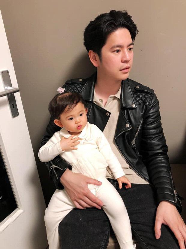 Lâu lắm mới thấy Mai Hồ khoe ảnh tình tứ bên chồng hậu sinh con thứ 2, ngoại hình ông xã Việt kiều gây chú ý-4