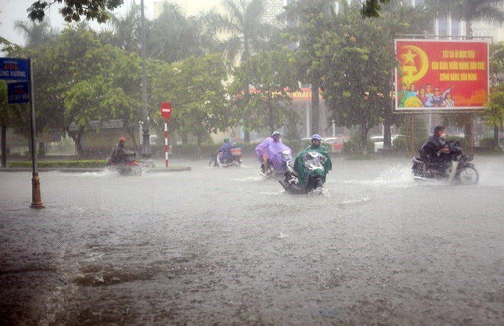 Áp thấp vào đất liền gây mưa lớn rồi lại ngược ra biển, công điện hỏa tốc ứng phó-1