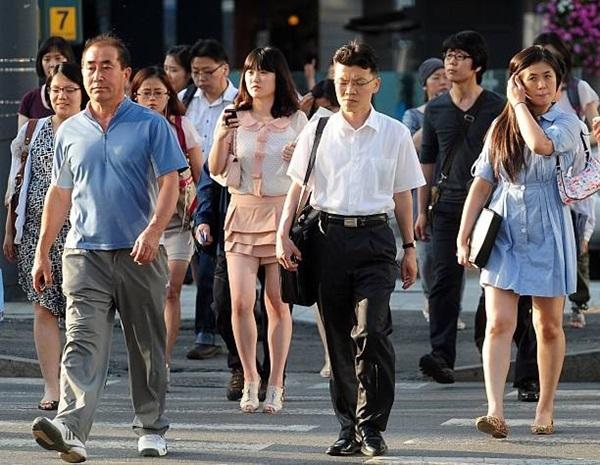 Đằng sau một Hàn Quốc phát triển là sự kỳ vọng của xã hội giết chết ước mơ của con người, tỷ lệ tự tử cao bậc nhất thế giới-1