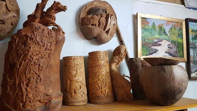 Thổi hồn vào vỏ dừa khô, bán 1,2 triệu đồng/cái-4