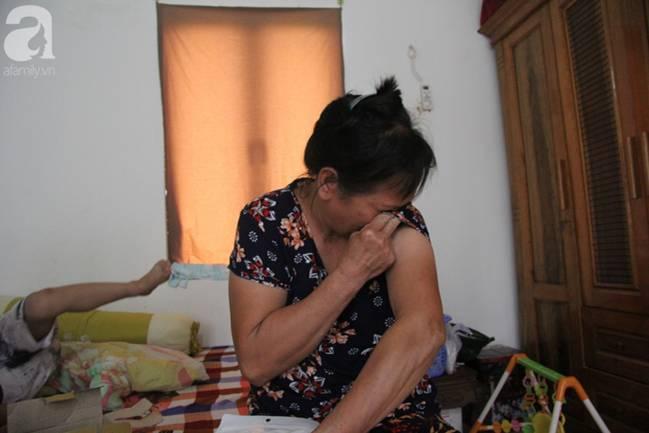 Vụ thảm sát cả nhà em trai ở Hà Nội: Xót xa bé gái 45 ngày mất mẹ, bố gà trống xin từng giọt sữa để nuôi con-9