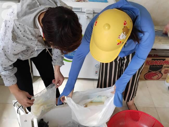 Vụ thảm sát cả nhà em trai ở Hà Nội: Xót xa bé gái 45 ngày mất mẹ, bố gà trống xin từng giọt sữa để nuôi con-12