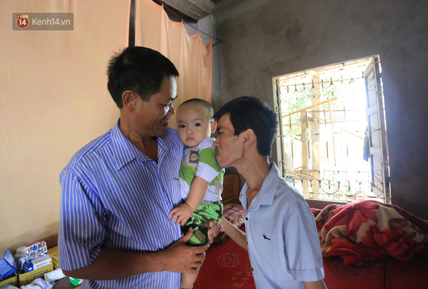 Xót xa chàng trai gầy trơ xương vì mắc bệnh hiểm nghèo chỉ 2 tháng sau đám cưới: Em phải sống, để hiến thận cứu con mình-8