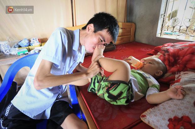 Xót xa chàng trai gầy trơ xương vì mắc bệnh hiểm nghèo chỉ 2 tháng sau đám cưới: Em phải sống, để hiến thận cứu con mình-10