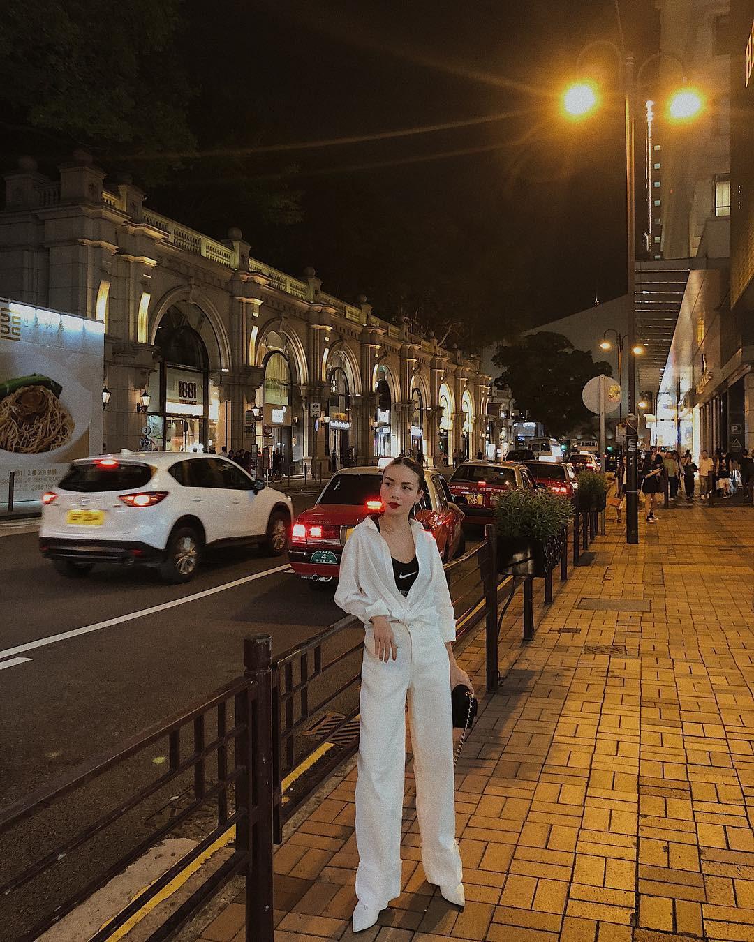 Nàng công sở không bao giờ lo mặc xấu, nếu biết 12 công thức diện áo sơ mi trắng tuyệt xinh từ các mỹ nhân Việt-9