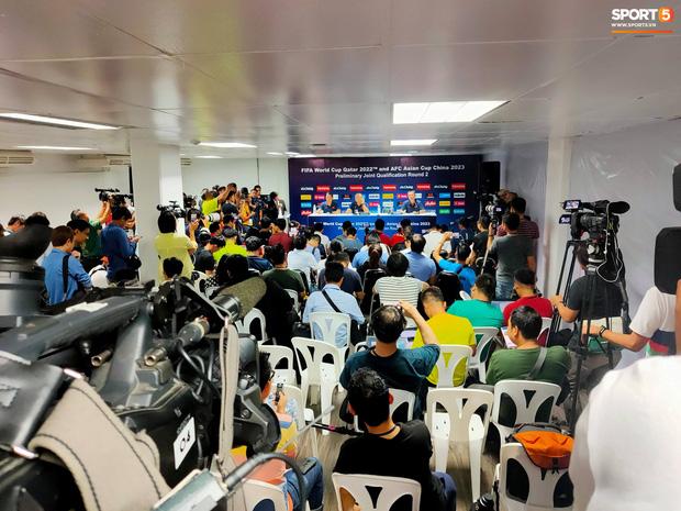 HLV Park Hang-seo phát cáu vì không được phóng viên Thái Lan tôn trọng ở buổi họp báo trước trận-1