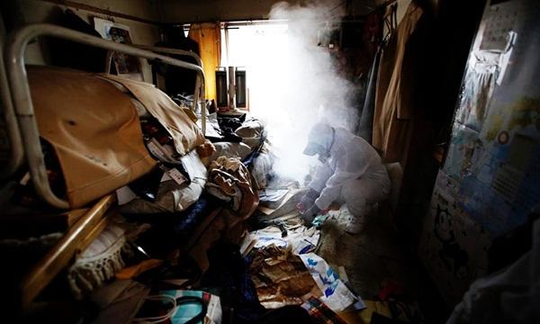 Nhật Bản: Dọn dẹp nhà cửa cho những xác chết cô độc với lương tháng trăm triệu nhưng không mấy ai dám làm-2