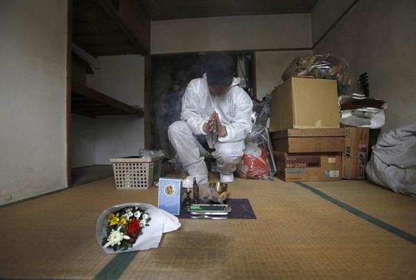 Nhật Bản: Dọn dẹp nhà cửa cho những xác chết cô độc với lương tháng trăm triệu nhưng không mấy ai dám làm-4