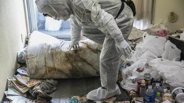 Nhật Bản: Dọn dẹp nhà cửa cho những xác chết cô độc với lương tháng trăm triệu nhưng không mấy ai dám làm-6