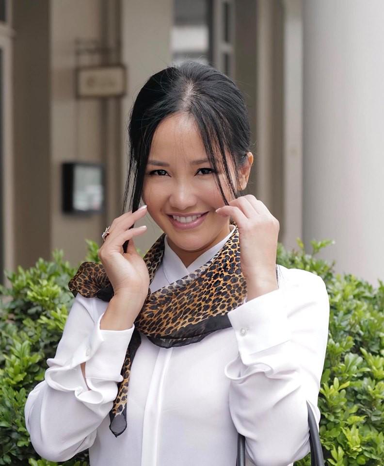 Hậu ly hôn, diva Hồng Nhung chứng tỏ cuộc sống mẹ đơn thân tuyệt vời không cần đến đàn ông-2