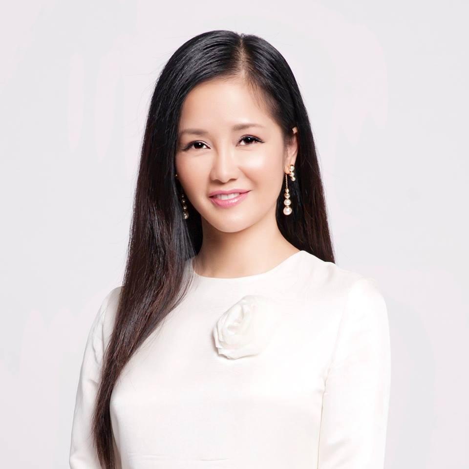 Hậu ly hôn, diva Hồng Nhung chứng tỏ cuộc sống mẹ đơn thân tuyệt vời không cần đến đàn ông-12