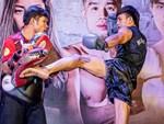 """Thánh Muay"""" Buakaw đấu cao thủ thế giới theo luật dị: Đấm gục hoặc xin thua-3"""