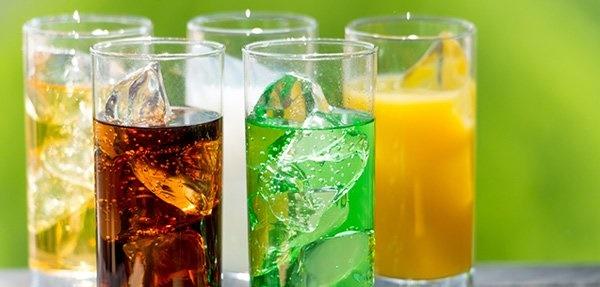 Uống nước kiểu này giết thận nhanh khủng khiếp, nhiều người Việt làm hàng ngày-1