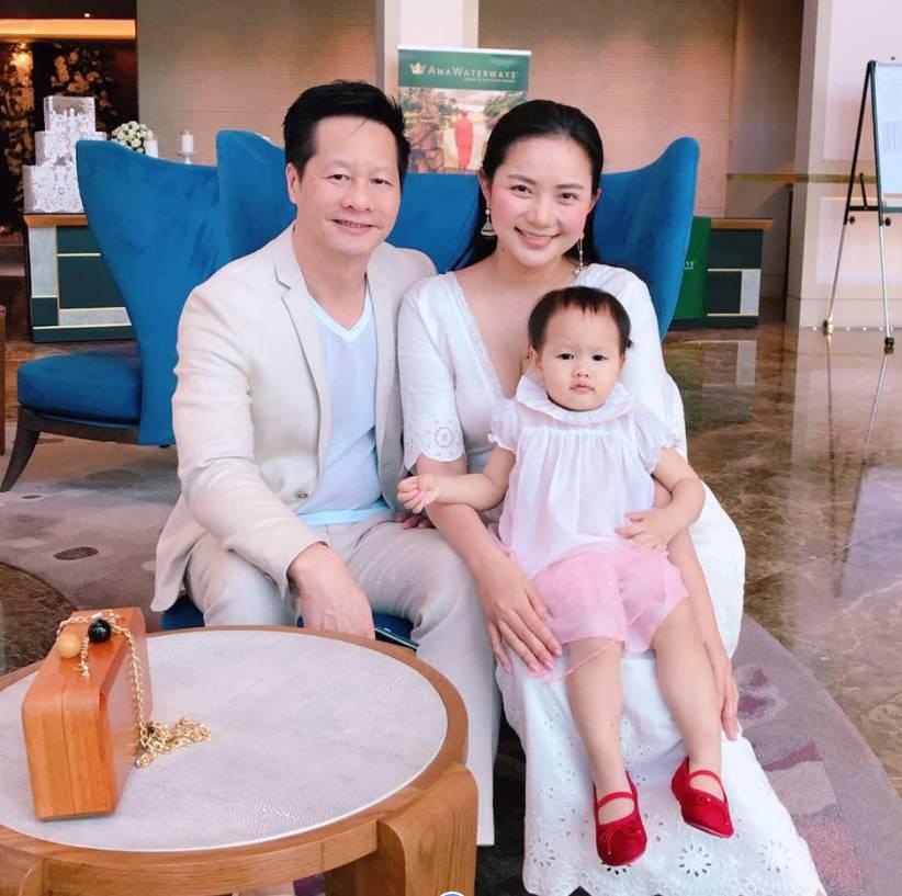 Là đại gia giàu có tiếng nhưng ông xã Phan Như Thảo vẫn tự tay làm điều hiếm gặp ở những người đàn ông khác-3