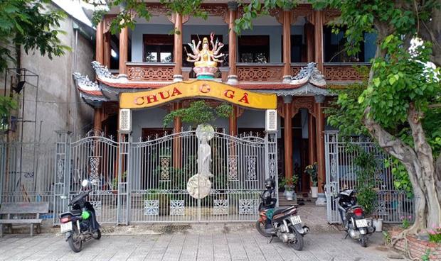 Truy tìm thanh niên ở Đà Nẵng chăm chỉ đi chùa rồi ôm thùng tiền công đức bỏ trốn-2