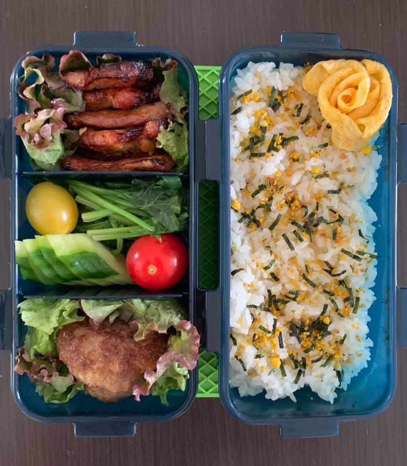 Bận chăm 2 con, 8X vẫn đều đặn làm hộp cơm trưa đẹp hoa mắt cho chồng đầy ắp thịt-17