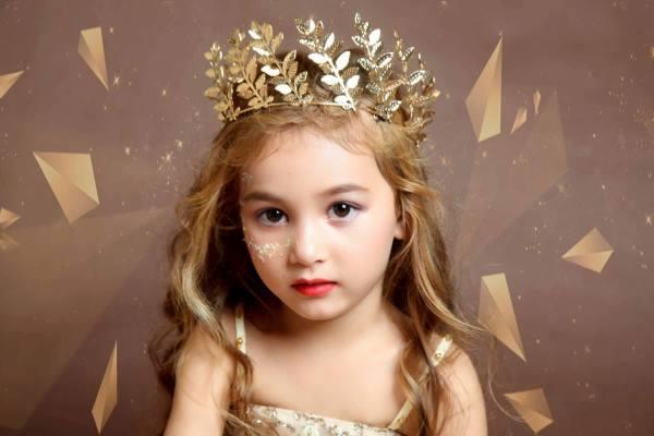 Những thiên thần lai xinh đẹp, tài năng của làng mẫu nhí Việt-4